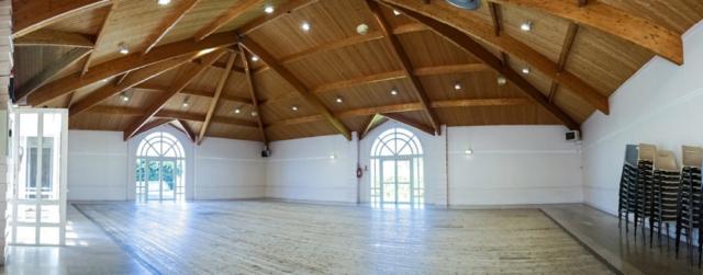 Nouvelle salle des fêtes – Place Jean Pourcelet