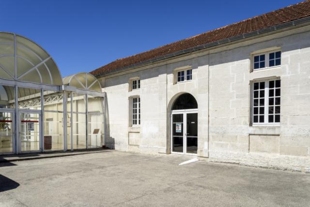 Ancienne salle des fêtes – Place Jean Pourcelet