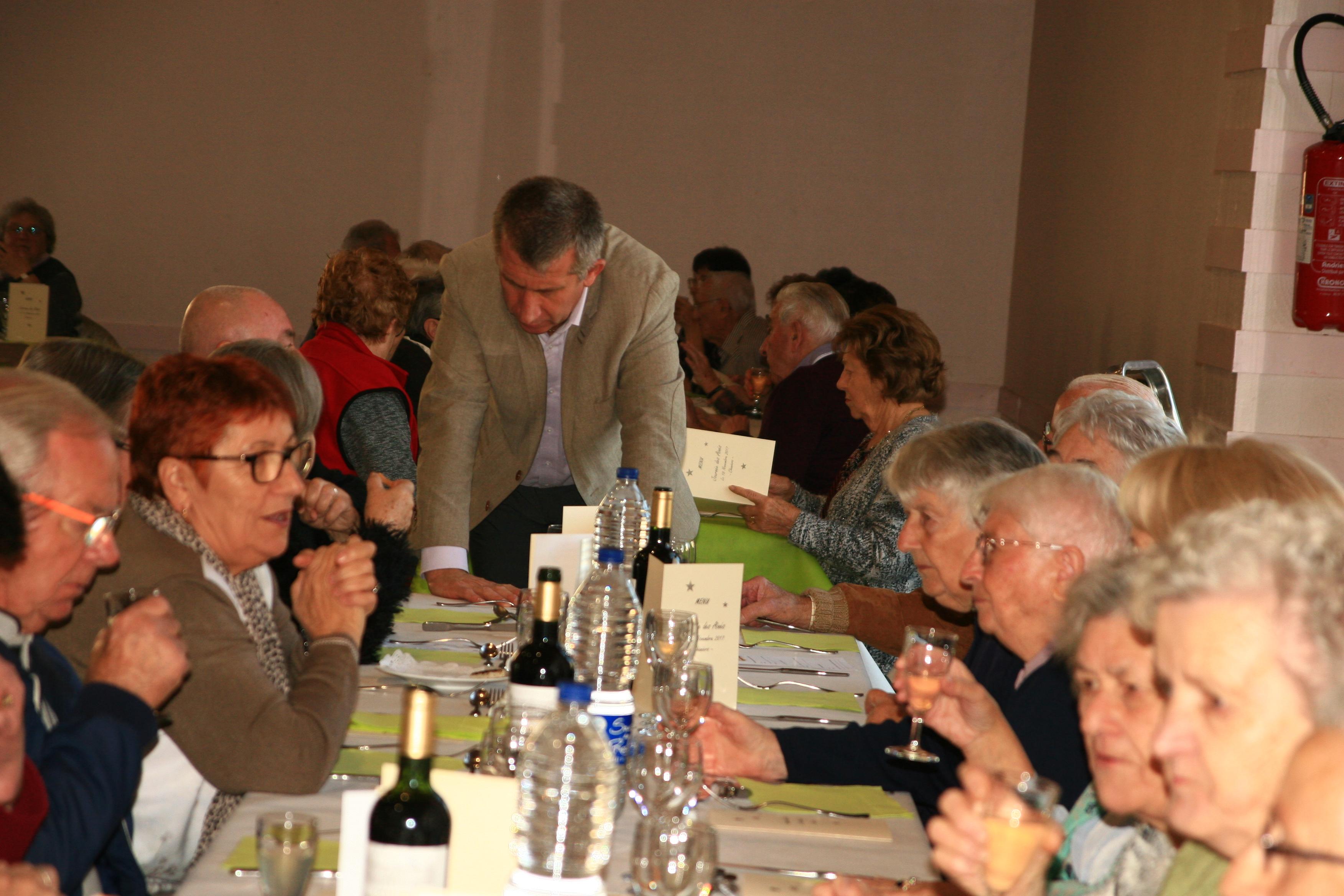 Repas des Aînés du 18 novembre 2017 à Chaniers (17)