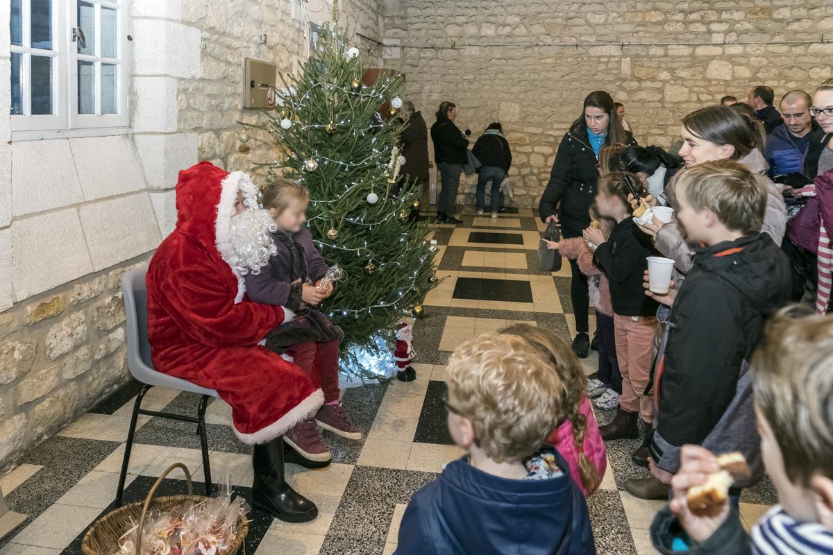 Noël des enfants de Chaniers (17)